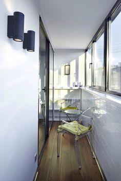 Т Small Balcony Design, Loft Interiors, Cool Stuff, Balcony Ideas, Wall, Furniture, House Architecture, Home Decor, Design Ideas