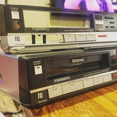 Forget the #pepsi #coke war or #DVD #Bluray battle. #throwback to the #video format fight between #VHS and #Betamax. #thestrugglewasreal when you went to the #videoshop and the #movie you wanted was only available in VHS.