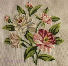 This Pin was discovered by Mer Tiny Cross Stitch, Cross Stitch Tree, Cross Stitch Heart, Modern Cross Stitch, Cross Stitch Flowers, Cross Stitch Designs, Cross Stitch Patterns, Needlepoint Stitches, Embroidery Stitches