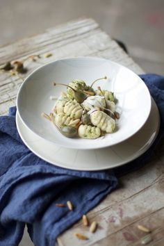 our food stories: glutenfree gnocchi with green pesto and capers