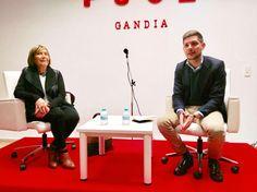 Explicando a militantes y simpatizantes del PSOE de Gandia nuestra gestión municipal.  http://www.josemanuelprieto.es