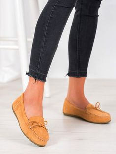Semišové mokasíny Slippers, Flats, Shoes, Products, Fashion, Tatoo, Loafers & Slip Ons, Moda, Zapatos
