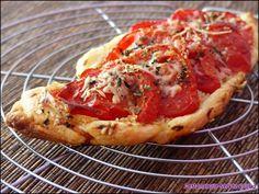"""Tarte à la tomate - C'est marqué """"servez-vous"""" ;)"""