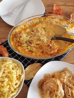 Baked champignon-cream-chicken :: Bella-cooks-and-tra .-Überbackenes Champignon-Rahm-Hähnchen :: Bella-cooks-and-travels Baked Champignon cream chicken :: Bella-cooks-and-travels - Meat Recipes, Pasta Recipes, Crockpot Recipes, Chicken Recipes, Baked Mushrooms, Stuffed Mushrooms, Roast Meat Recipe, Cream Of Mushroom Chicken, Meat Appetizers