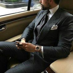 36 Top Black Fashion Styles For Real Men Ideas Der Gentleman, Gentleman Style, Sharp Dressed Man, Well Dressed Men, Terno Slim Fit, Suit Fashion, Mens Fashion, Dope Fashion, Luxury Fashion