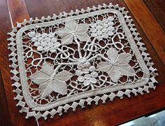 Image detail for -Em's Heart Antique Linens -Vietnamese Crochet Lace Centerpiece