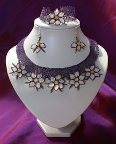 Needle Lace Handmade Necklace Set with out earring reserve for
