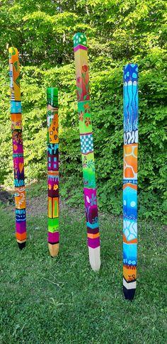 Sculpture Art, Garden Sculpture, Sculptures, Peace Pole, Garden Poles, Garden Yard Ideas, Yard Art, Beautiful Gardens, Art Projects