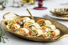 6 enkle juleretter til julebordet Recipe Boards, Caprese Salad, Tapas, Sushi, Ethnic Recipes, Insalata Caprese, Sushi Rolls