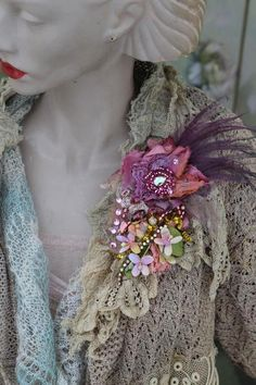 Spring posy brooch bold ornate brooch antique lace