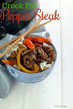 Easy and flavorful Crock Pot Pepper Steak recipe the entire family will enjoy any night of the week. Best Grill Recipes, Steak Recipes, Grilling Recipes, Slow Cooker Recipes, Crockpot Recipes, Cooking Recipes, Freezer Recipes, Crockpot Dishes, Beef Dishes