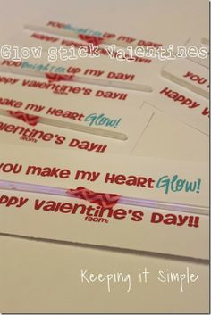 Keeping it Simple: Super Easy No Candy Valentine Idea- Glow stick valentine #Pickyourplum #washitape #valentinesday #kids #freeprintable #keepingitsimple