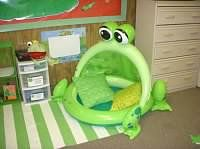 The Frog Pond 21 Awesomely Creative Reading Spaces For The Classroom Frog Theme Classroom, Classroom Setting, Classroom Setup, Classroom Design, Kindergarten Classroom, Future Classroom, Classroom Organization, Classroom Management, Classroom Reading Nook