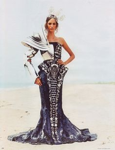 John Galliano for Christian Dior. this is so fierce, i can't even handle it.
