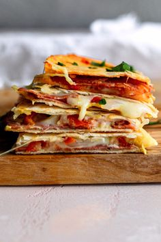 Italian Hoagie-dilla - Dash of Mandi Weeknight Meals, Quick Meals, Veg Recipes, Healthy Recipes, Italian Lunch, Turkey Pepperoni, Easy Delicious Recipes, Delicious Food