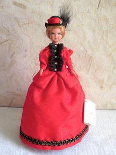 """French Paris Arc De Triomphe doll, 70s, Poupées De Chez Nous doll, 19cm (7""""4), 10.90€"""