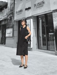 Lil Black Dress, Street Fashion, Color Pop, Street Style, Dresses, Urban Fashion, Vestidos, Urban Style, Street Style Fashion