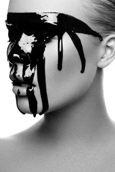 Deadly Seven Project | MakeUp & Hair Stylistin by Julia Sieckmann - Photography by © Viktoria Stutz #makeup #blackandwhite #BW
