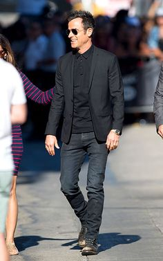 Justin Theroux -- dressed in all-black -- heads into an L.A. studio to tape Jimmy Kimmel Live