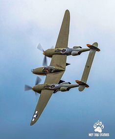 Lockheed P-38 Lightning Ww2 Fighter Planes, Ww2 Planes, Fighter Aircraft, Fighter Jets, Ww2 Aircraft, Military Aircraft, Lockheed P 38 Lightning, Vintage Airplanes, Aircraft Design
