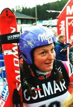 JanicaKostelic. Une athlète une skieuse hors paire qui connue l'honneur d'être la première croate a gagner une médaille d'or au jeux olympiques.