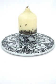 Bjørn Wiinblad for Nymolle, Denmark - candle plate with original Wiinblad candle.  Deze staat op mijn verlanglijstje