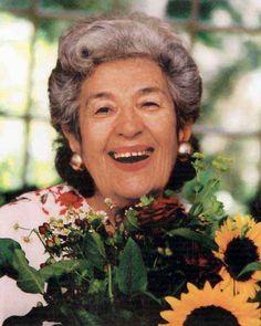 Miriam Schapiro in 2002. Photo: Anne Burlock Lawver.
