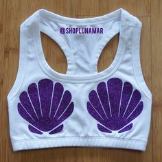 Mermaid Princess Sports Bra I would def workout if I could wear this! Disney Outfits, Cute Outfits, Mermaid Princess, I Work Out, Athletic Wear, Look Fashion, Quirky Fashion, Workout Wear, Fitness Fashion