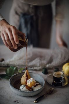 Nadire Atas on Poached Pears Poached pears with vanilla ice cream and coffee caramel - autumn dessert recipe Pear Dessert, Fall Dessert Recipes, Autumn Desserts, Fun Cooking, Cooking Tips, Cooking Recipes, Cooking Png, Cooking Bacon, Cooking School