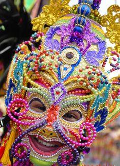 . Mardi Gras Carnival, Carnival Of Venice, Fancy Costumes, Creative Costumes, Masskara Festival, Venetian Masks, Beautiful Mask, Headpiece, Prom 2014