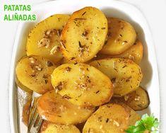 Te explicamos paso a paso, de manera sencilla, la elaboración de la receta de patatas asadas que se derriten en la boca. ingredientes, tiempo de elaboración