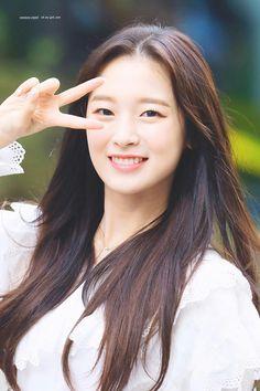 Arin,oh my girl Korean Women, South Korean Girls, Korean Girl Groups, Arin Oh My Girl, Asian Kids, Young Models, Snsd, Kpop Girls, Girly