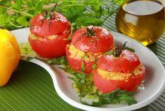 Pomidory faszerowane kaszą kus-kus - przepis z portalu Przepisy.pl