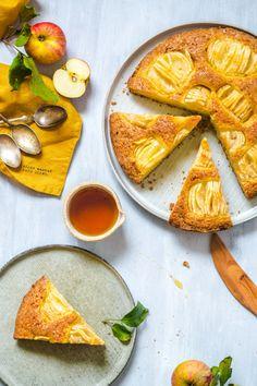 S vášní pro jídlo: Německý jablečný koláč No Bake Pies, Camembert Cheese, Baking, Recipes, Food, Bakken, Essen, Meals, Backen