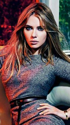 Scarlett Johansson ....