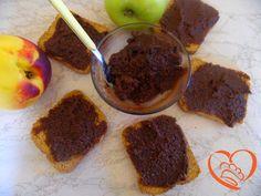 Crema spalmabile al cacao,amaretti e robiola  http://www.cuocaperpassione.it/ricetta/31301f4c-9f72-6375-b10c-ff0000780917/Crema_spalmabile_al_cacaoamaretti_e_robiola