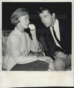 0  Lee Patterson & Dominique Minot on the phone in P.S. I Love You 1964