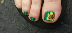 Green sunflowers www.aroyalpampering.com