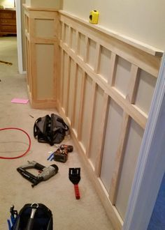 How to Install Board and Batten Wainscoting (White Painted Square over Rectangle. How to Install Board and Batten Wainscoting (White Painted Square over Rectangle Pattern) Home Renovation, Home Remodeling, Basement Renovations, Moldings And Trim, Crown Moldings, Wood Crown Molding, Ideias Diy, Board And Batten, Baseboards