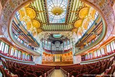 Palau de la Musica Orfeo Catalana. WOW, this looks amazing. Will absolutely need to go see a performance here. Apparently they have flamenco shows.... need to go!!!