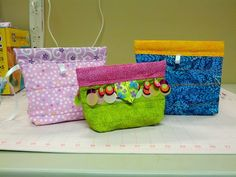 Snap bags.  This bags look so festive.  Peace, Robert from nancysfabrics.com