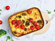 Curry-broileri uunipasta   Valio Mozzarella, Quiche, Curry, Food And Drink, Pasta, Meals, Cooking, Breakfast, Recipes