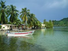 Isla Grande, Panama. No roads, no drama. Bare feet, warm water, and smiles.