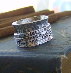 Beautiful Silver triple spinner ring - I love it!!