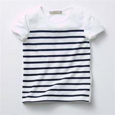 T-shirt de mangas curtas, às riscas