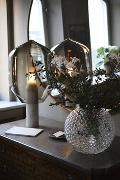 Love the lamp and the vase Interior Styling, Interior Decorating, Interior Design, Room Interior, Interior And Exterior, Interior Inspiration, Room Inspiration, Design Hall, Hotel Stockholm