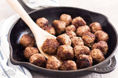 Learn how to make meatballs from scratch! Made with ground beef, breadcrumbs, egg and seasoning, you can cook them right away or freeze for easy meal prep! Venison Meatballs, Ground Turkey Meatballs, Venison Roast, Meatballs Stovetop, Mince Recipes, Beef Recipes, Cooking Recipes, Beef Tips