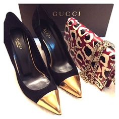 Gucci Black Suede And Gold Pointy Toe Heels Size 8