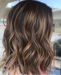 Light-brown-hair-with-brassy-blonde-highlights-brown-hair-with-blonde-highlights. - Hair ideas - Light-brown-hair-with-brassy-blonde-highlights-brown-hair-with-blonde-highlights. Brunette With Lowlights, Brown Hair With Blonde Highlights, Brown Balayage, Balayage Brunette, Hair Color Balayage, Balayage Highlights, Ombre Hair, Blonde Streaks, Ombre Brown