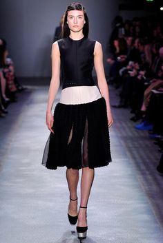 Giambattista Valli | Fall 2012 Ready-to-Wear Collection | Vogue Runway